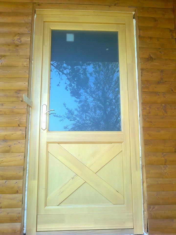 Faház, külső fa nyílászáró