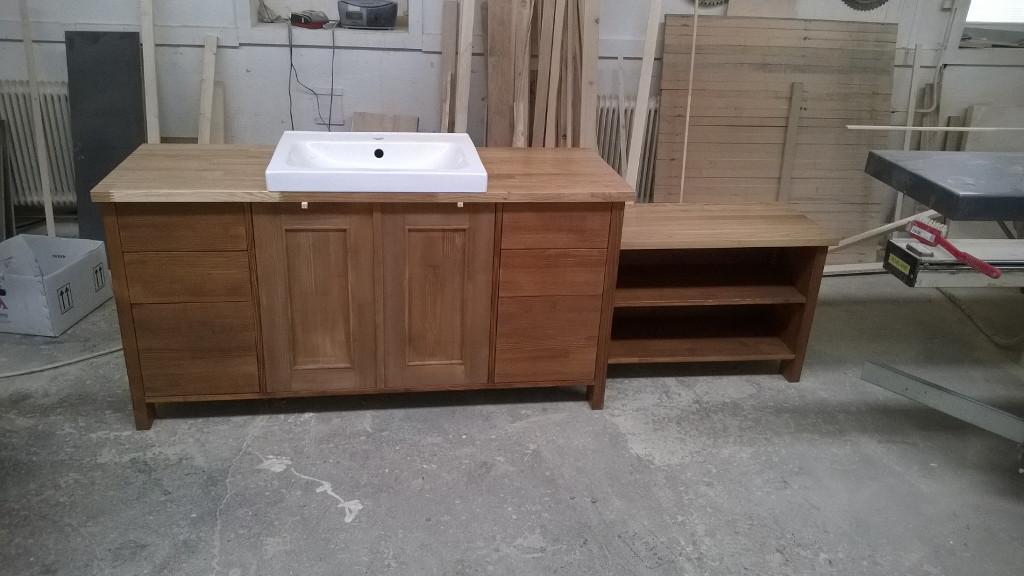 Bútorasztalos - Fürdőszoba beépített szekrény