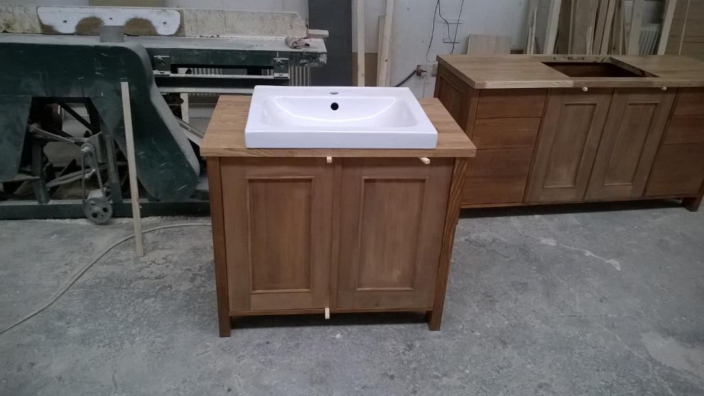 Bútorasztalos - Fürdőszoba beépített mosdó