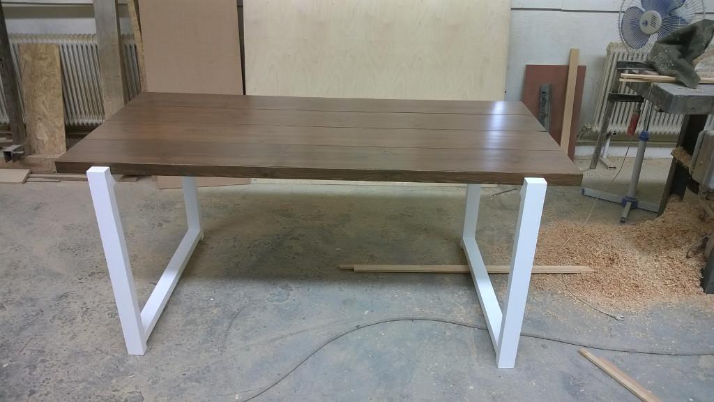 Bútorasztalos - Fenyő asztal