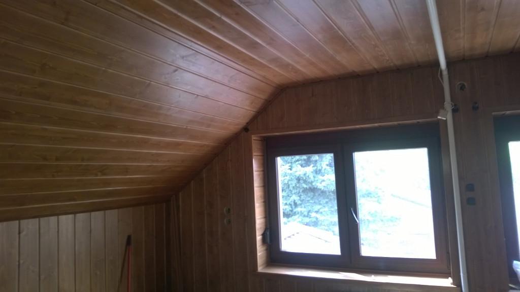 Épületasztalos - Fa tetőtér ablak, lambéria