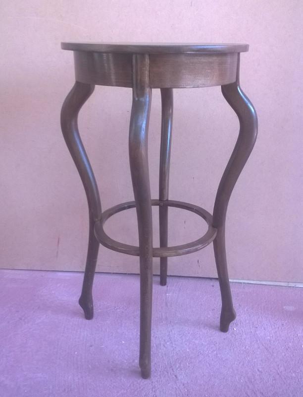 Bútorasztalos - Asztalka felújítás után