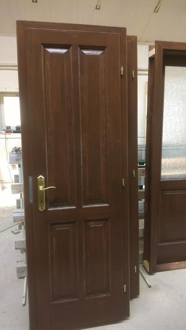 Épületasztalos -Beltéri ajtók